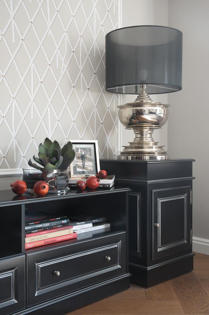дизайн квартиры с черной мебелью