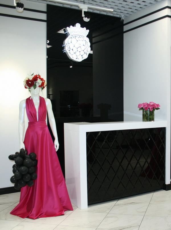 Дизайн кассовой зоны магазина одежды Ежевика
